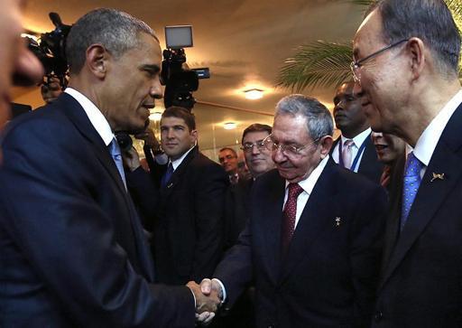 Rencontre historique Castro-Obama au Sommet des Amériques