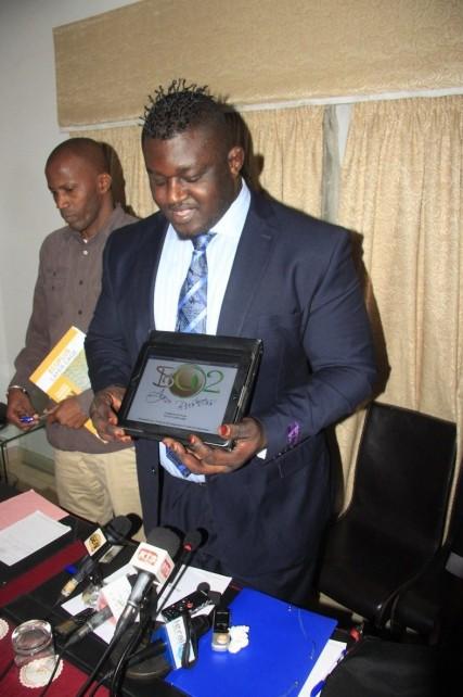Lâché par Yaya Jammeh au profit d'Eumeu Sène: Balla Gaye 2 en route vers le Macky