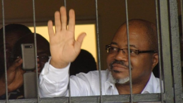 Gabon: décès de l'opposant André Mba Obame, des heurts éclatent à Libreville