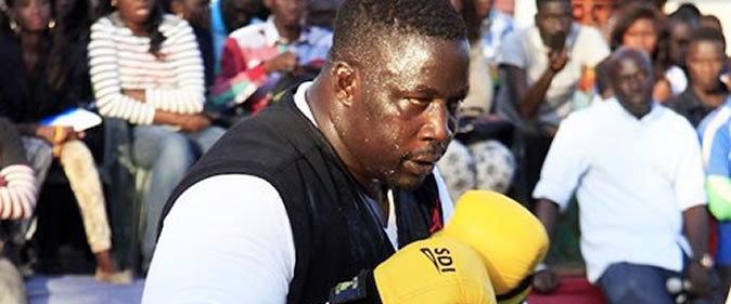 """Gris Bordeaux cogne Tyson : """"Ce qu'on dit de lui, qu'il est l'un des lutteurs les plus peureux de l'arène, me fait mal"""""""