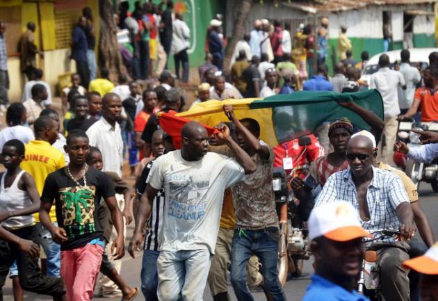 Guinée: la police ouvre le feu sur des manifestants, plusieurs blessés