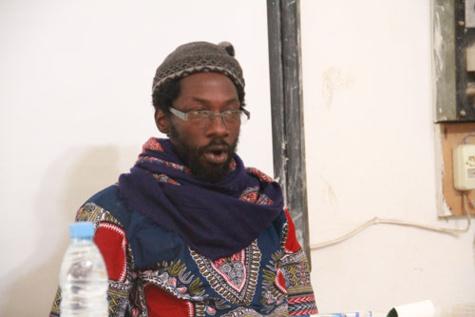 """Fadel Barro, coordonnateur du mouvement """"Yen a marre"""": """"Macky Sall ne peut pas nous vendre la transhumance comme une valeur"""""""
