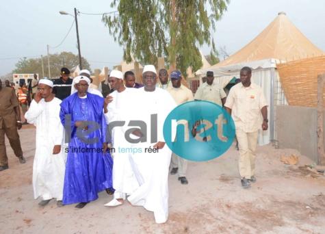 Macky Sall arrive sur les lieux avec Abdoulaye Daouda Diallo