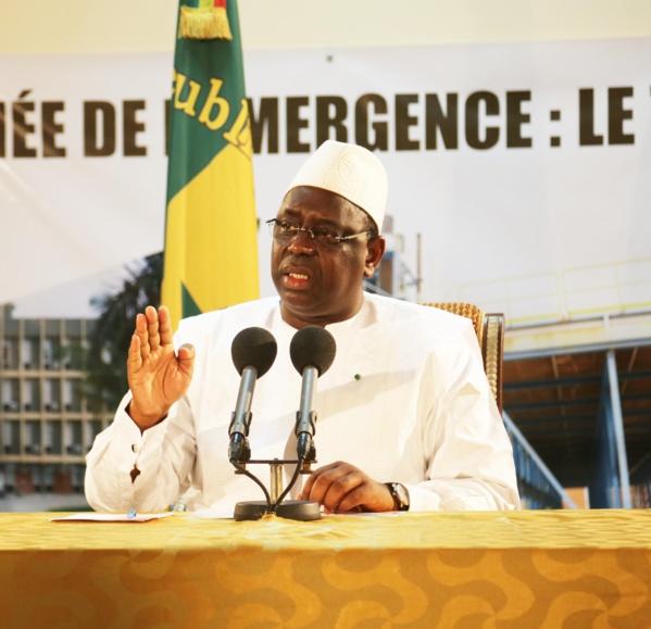 Passé-présent - Théoricien de l'éthique politique en 2012 : Macky transhume