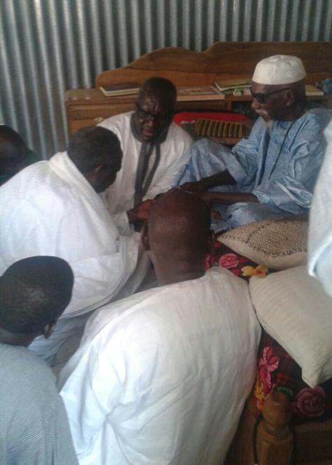Ziar de la famille de Mame Thierno Diouf Lambaye chez le Khalif général des Mourides