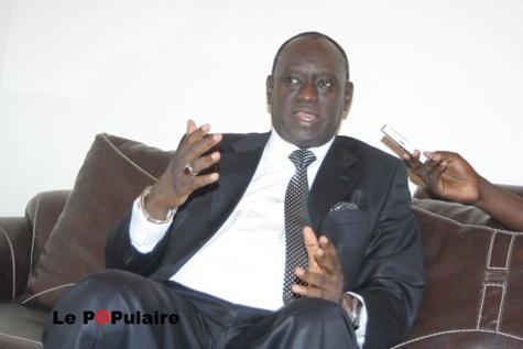 "Me El Hadji Diouf : ""Macky Sall aurait pu emprisonner Abdoulaye Wade et Sindiély Wade"""