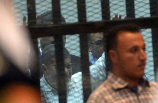 Egypte: l'ex-président Morsi échappe à la peine de mort dans un premier procès