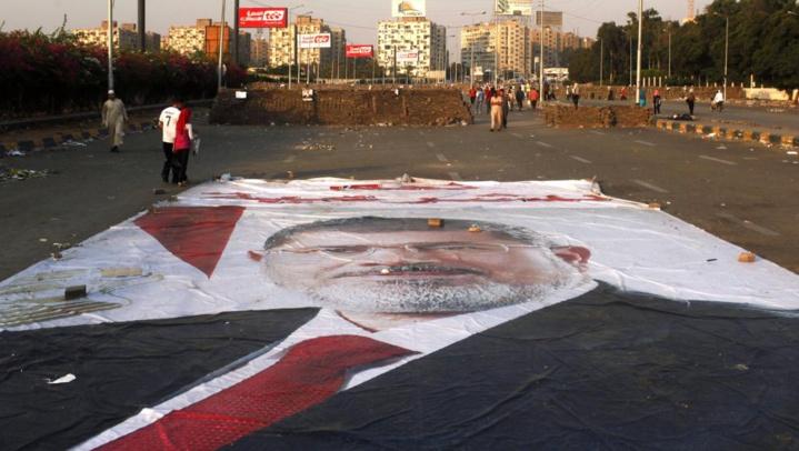 Egypte: vingt ans de prison pour l'ancien président Mohamed Morsi