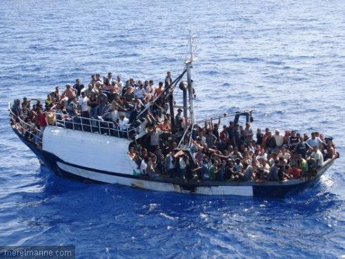 L'UE n'exclut pas une opération militaire contre les trafiquants de migrants