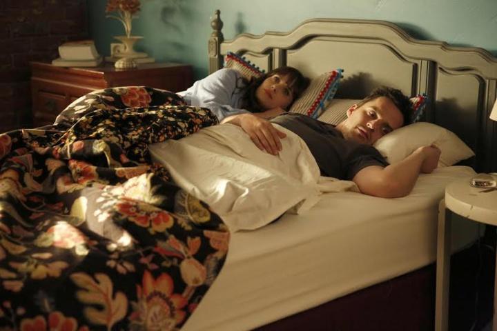 Si vous avez déjà dormi avec quelqu'un dans un lit, vous vous reconnaîtrez dans ces problèmes !