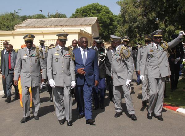 Macky secoue l'Armée et aligne trois nouveaux généraux