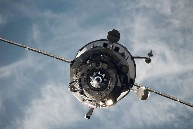 Alerte : Un cargo spatial russe dérive vers la Terre