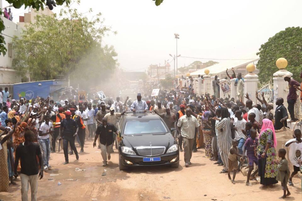 retro-accueil-populaire-des-militants-de-abdoulaye-mountaha-niass-au-president-macky-sall