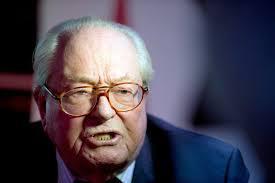 """FN : Jean-Marie Le Pen """"refuse d'aller au bureau exécutif"""" qui pourrait le sanctionner"""