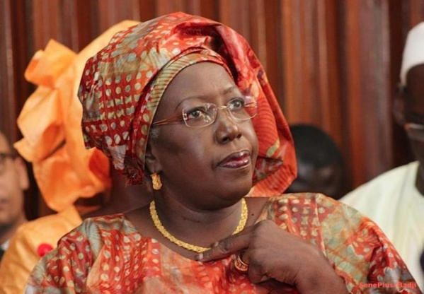 Gouvernement : Le ministre Khoudia Maye prête à rendre sa démission, si...