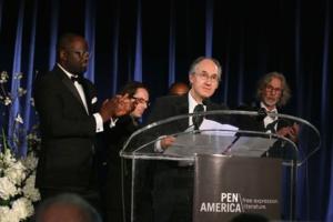 « Charlie Hebdo » récompensé aux Etats-Unis « pour son courage »