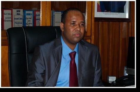 Environnement : Abdoulaye Baldé pas prêt à ranger la loi interdisant les sachets plastiques à faible micronnage aux oubliettes