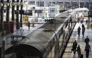Paris : Un homme tente de prendre le train avec un obus dans le sac
