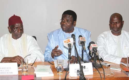 PPC : Me Mbaye Jacques Diop cède son fauteuil à Seydou Diouf et  indique la voie à suivre à Niass, Wade, Tanor et consorts
