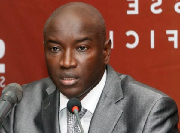 Après la sortie de Habib Sy sur la démission du Ministre Aly Ngouille Ndiaye, la coordination communale de l'APR de Linguère réagit et lui demande sagement de faire profil bas. Selon M. Babacar Ndiaye dit Mara, porte parole du jour  l'ancien Maire n'
