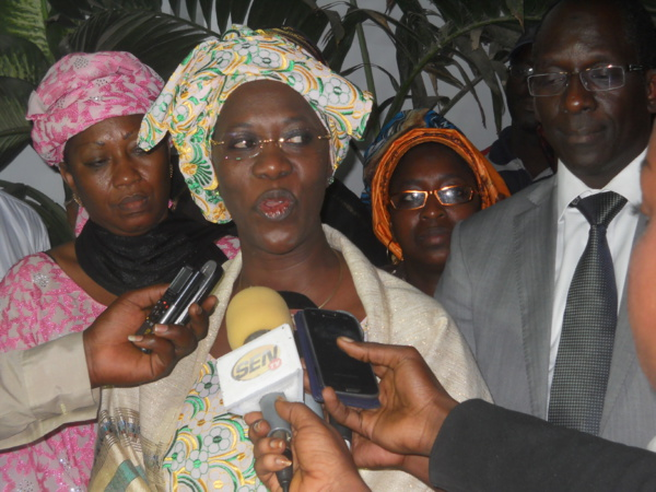 Célébration de la 135e édition de l'appel de Seydina Limamou Laye : Anta Sarr Diacko apporte son aide à la communauté layéne