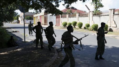 Burundi: le numéro 2 des putschistes reconnaît l'échec du coup d'Etat