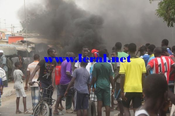 Bilan des affrontements entre les jeunes Lebous de Ouakam, Ngor et Yoff et les gendarmes: 5 personnes arrêtées, l'agence Tigo caillassée...