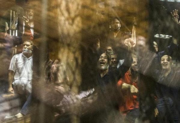 """Egypte : Le Caire mène """"une guerre totale"""" contre les islamistes"""