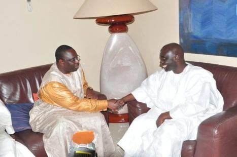 Quand Idrissa Seck battait campagne en 1998 pour Wade, Macky Sall était vendeur à la sauvette aux Etats (Tah)