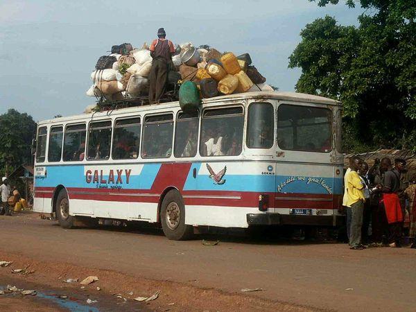 """Mise en demeure du gouverneur de Dakar : Les transporteurs des bus """"horaires"""" refusent de rejoindre """"les baux maraîchers"""""""