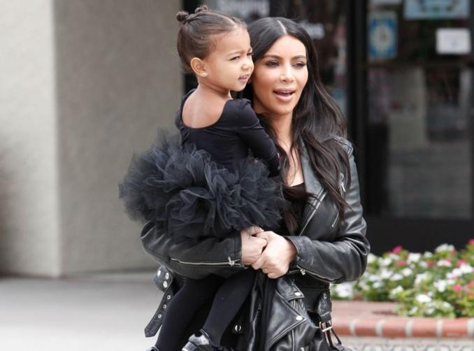 Les photos craquantes de la fille de Kim Kardashian, North, en petite danseuse