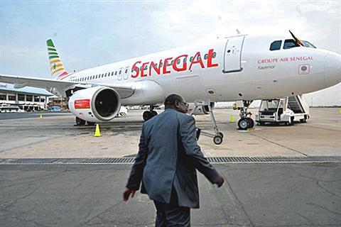 Vidéo : Grogne des passagers de Sénégal Airlines à l'aéroport de Dakar