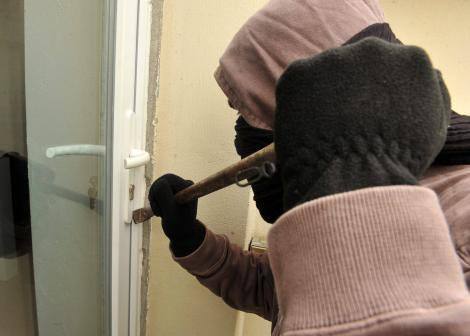 Cambriolage à Touba: Les malfaiteurs dévalisent une boutique et emportent 3 millions de francs Cfa