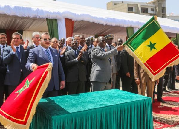 Photos+vidéo - Cérémonie de pose de la première pierre du quai de Soumbédioune présidée par Macky Sall et Mohamed VI