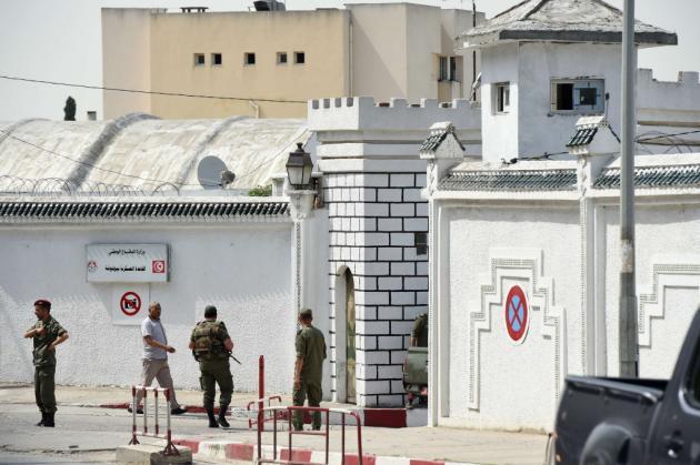 Fusillade en Tunisie: Un militaire ouvre le feu et tue sept camarades