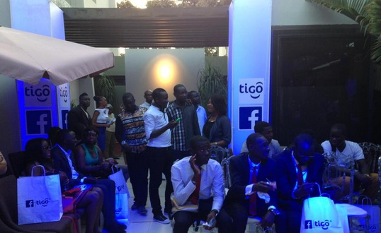 Grâce à un partenariat entre Tigo et Facebook, Internet s'offre aux usagers