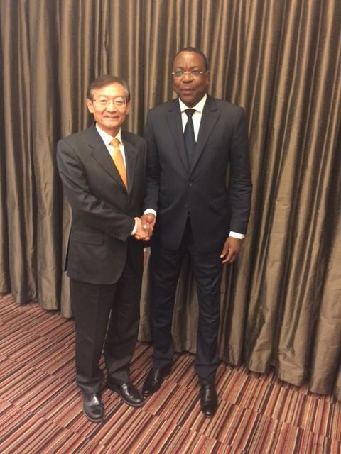 Johannesburg (Afrique du Sud): Une séance de travail réunit le Ministre des Affaires étrangères et des Sénégalais de l'Extérieur Mankeur Ndiaye et le Vice-ministre chinois des Affaires étrangères