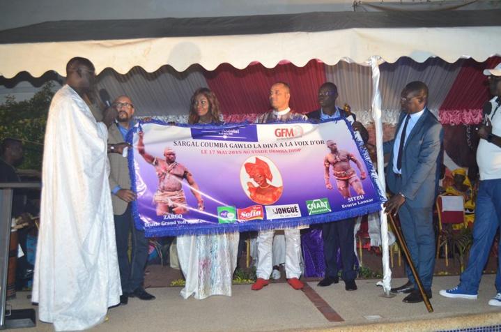 Siteu-Zarco: Suivez en Direct sur www.leral.net le drapeau Coumba Gawlo Seck
