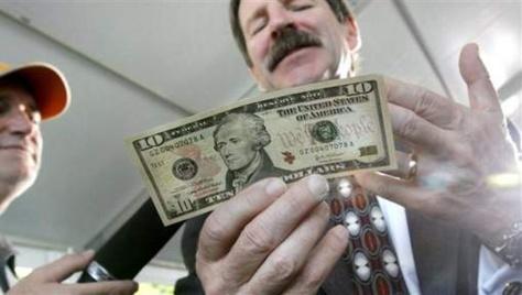 Une femme sur le prochain billet de 10 dollars