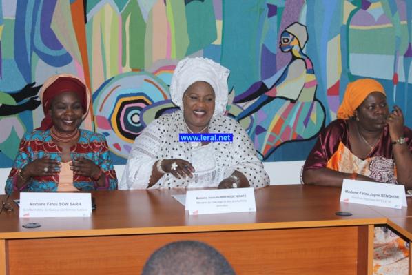 Aminata Mbengue Ndiaye invite les femmes à poursuivre le combat pour la parité