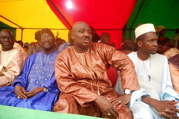 Alliance pour la République :  Farba Ngom dépense des millions grâce à des commissions qu'il aurait reçues au nom de...
