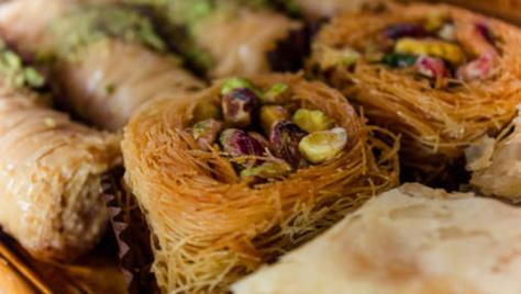 """France : Le Marmiton concocte des recettes """"ramadan"""" et s'attire les foudres des internautes"""
