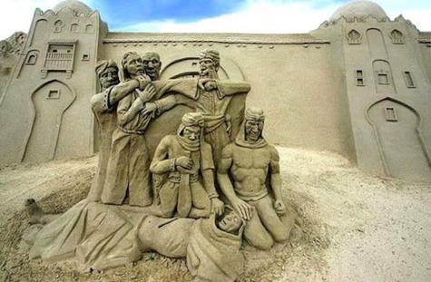15 sculptures sur sable parmi les plus extraordinaires au monde ! Le travail des artistes est juste prodigieux...