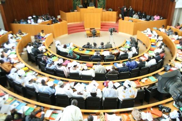 Modification du règlement intérieure de l'Assemblée nationale : Ouverture de la plénière sur fond de polémique sur le contenu du rapport