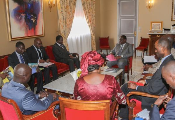 Audience: Désiré Kadre Ouedraogo Pdt la commission de la Cedeao reçu par Macky Sall
