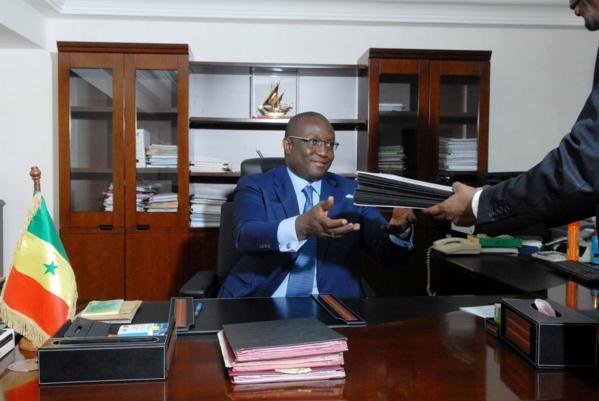 Problème de l'énergie au Sénégal, l'espoir de voir bientôt le bout du tunnel (Couro Wone)