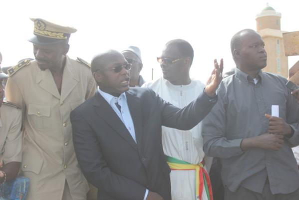 Vidéo-En visite à Ngaparou hier, Oumar Guèye a plaidé pour le renforcement de la surveillance des zones de pêche protégées