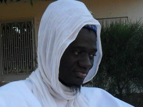 Visite du fils du vénéré Serigne Souhaibou Mbacké à Dakar: Les raisons du séjour de Serigne Amsatou