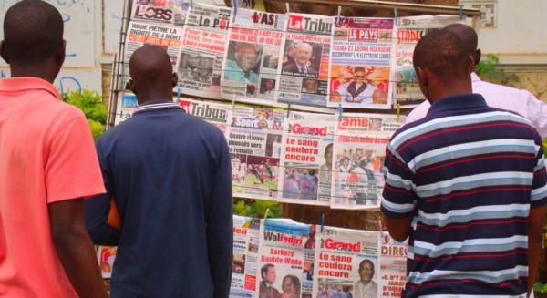 Deux journalistes arrêtés, Macky traque la presse