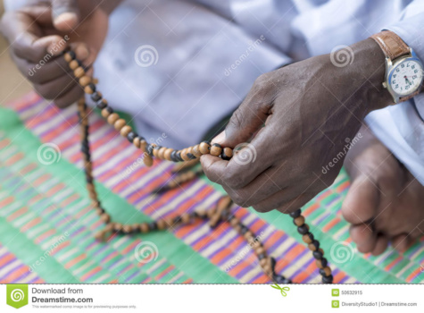 La culture du maslaha, le voile de la duplicité du Sénégalais -Par Alassane Kitane
